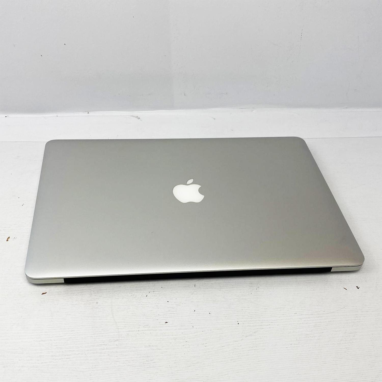 Macbook Pro Retina 15 i7 2.2Ghz 16GB 256GB SSD MGXA2LL/A Seminovo