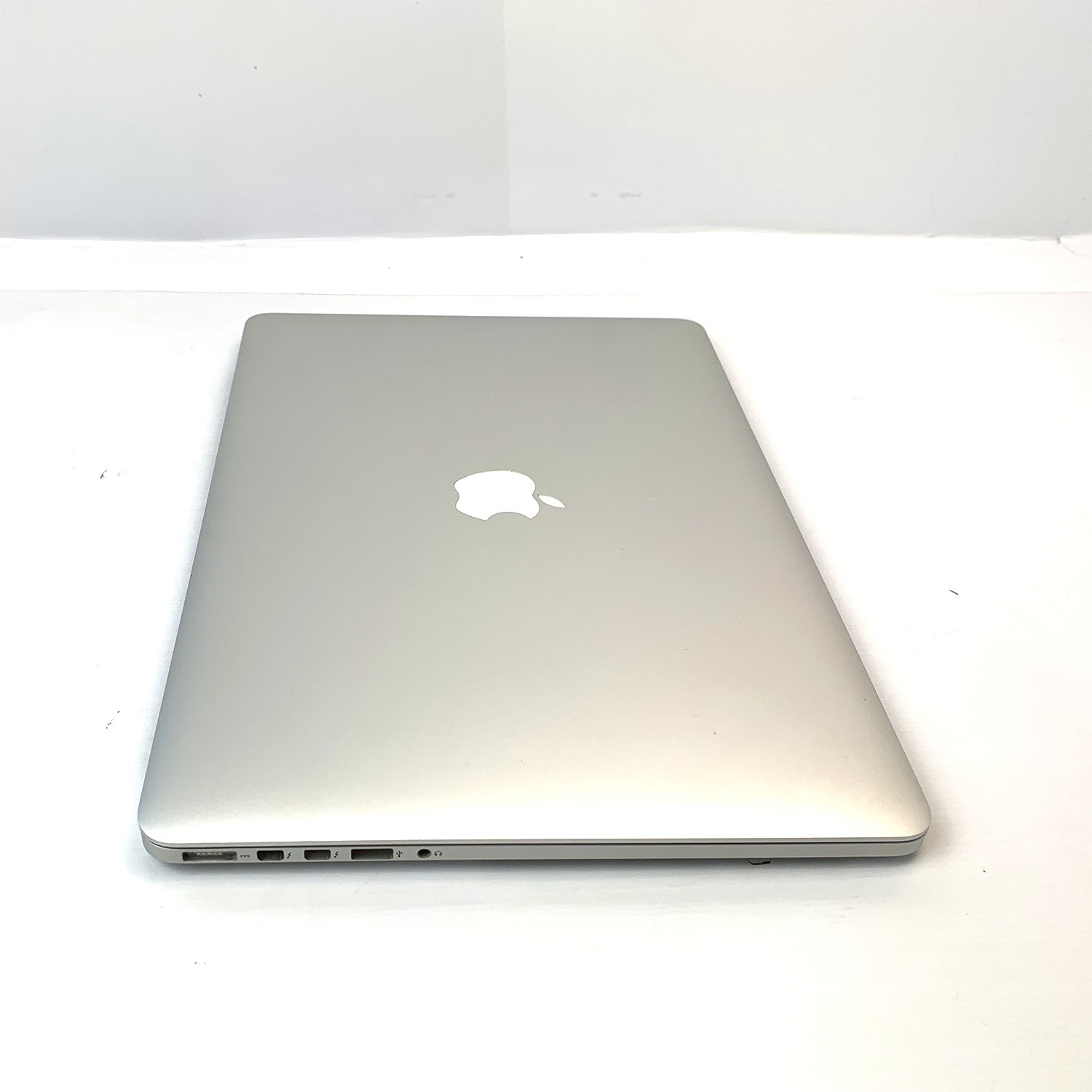 Macbook Pro Retina 15 i7 2.7Ghz 8GB 512GB SSD MD831LL/A Seminovo