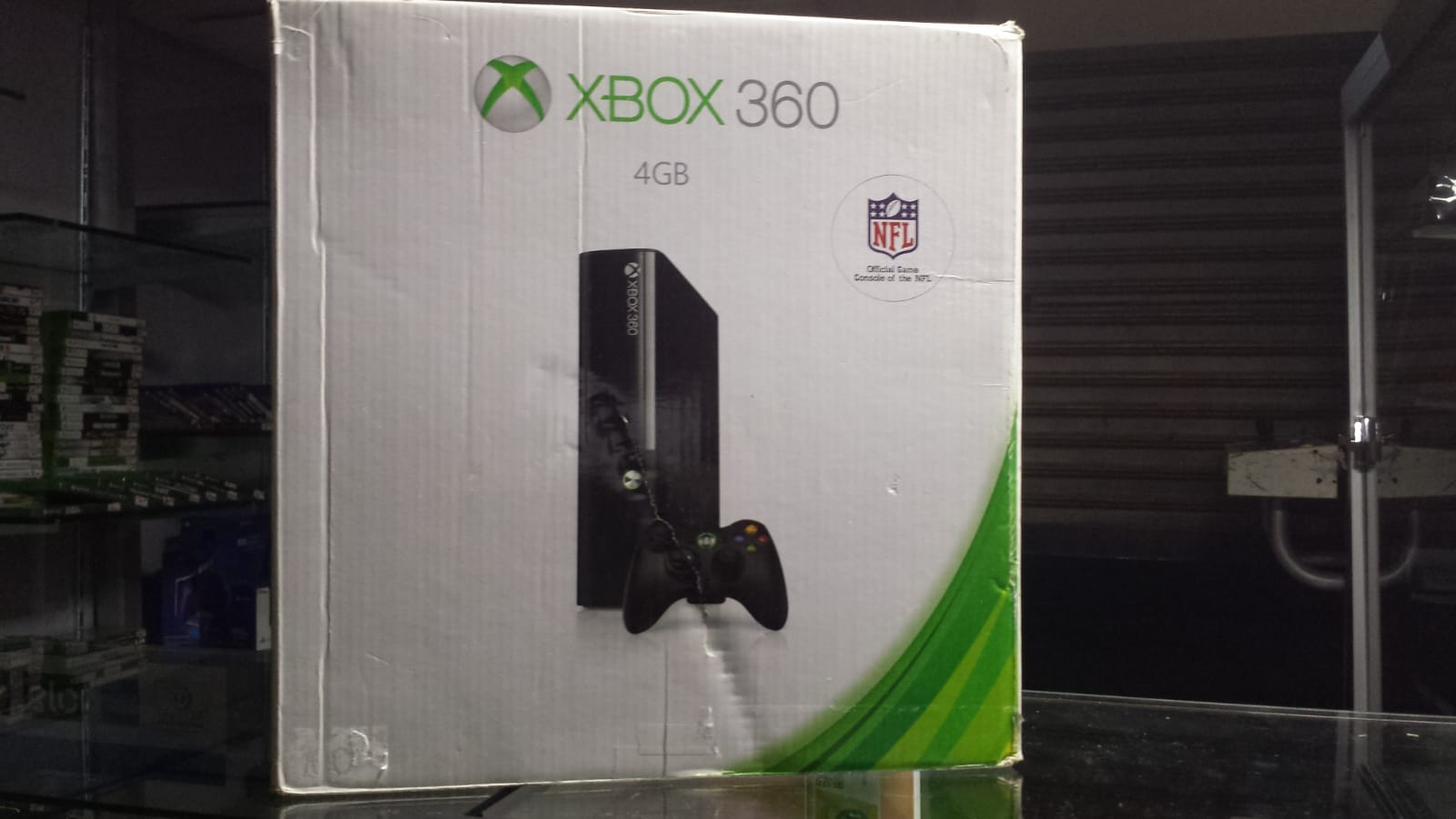 Xbox 360 Slim 4GB Novo Com Um Controle