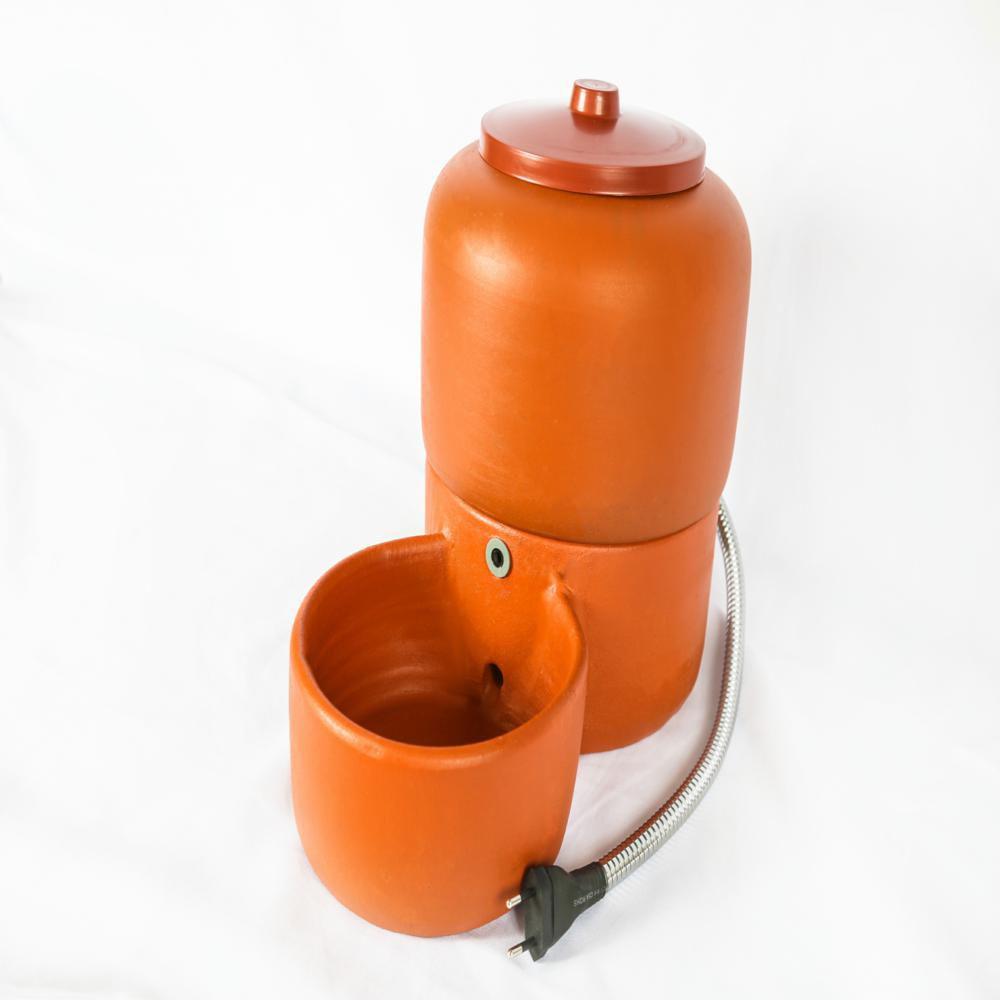 Bebedouro Acquapet Cerâmica 8 L   c/Bomba  Bivolt Cabo inox P&B