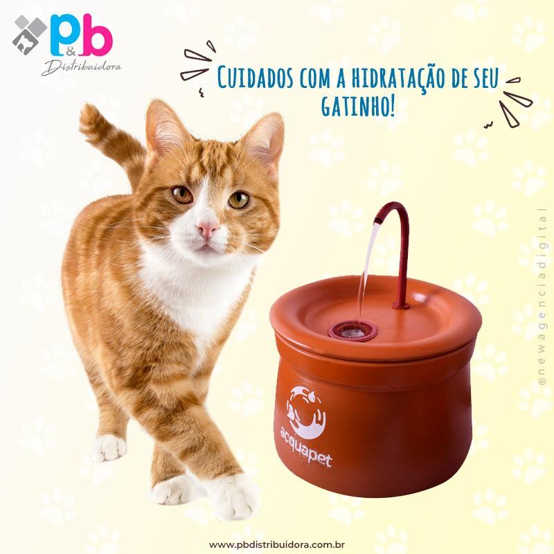 Fonte para Gatos Bebedouro Acquapet Cerâmica 2L BIVOLT P&B