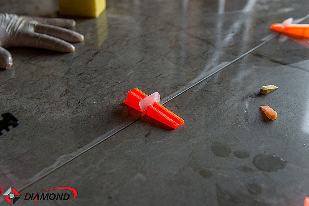 Clips Sharp 2mm para Nivelamento de Piso