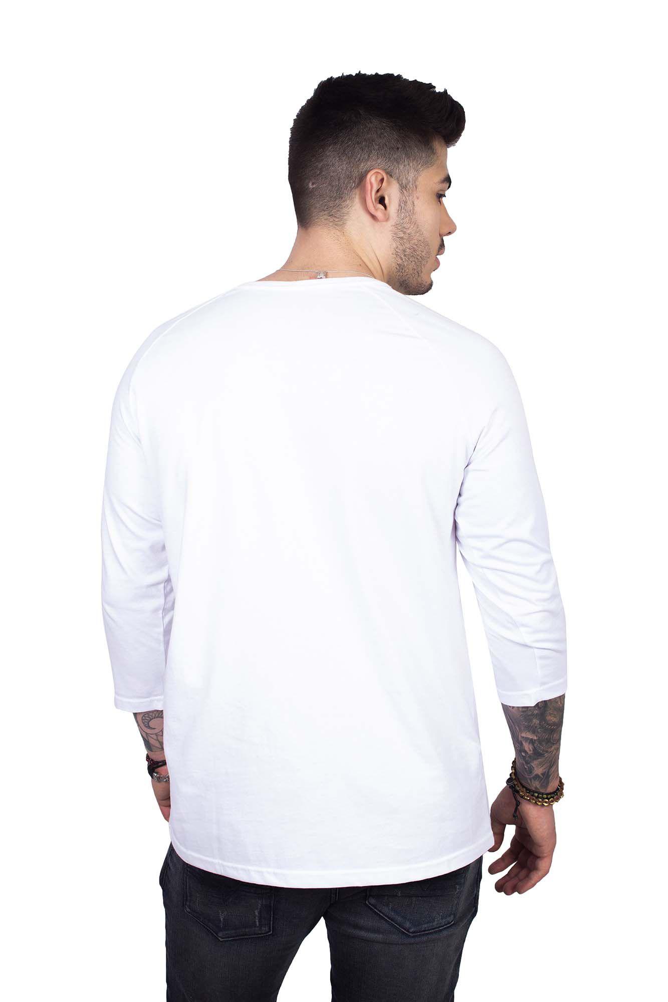 5371ad8d9 Camiseta Masculina Branca Manga Raglan Caveira Vermelha Camiseta Masculina  Branca Manga Raglan Caveira Vermelha