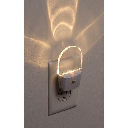 Luz Noturna com Sensor Automático Led - Bivolt