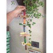 Brinquedo com Bloco de Cálcio e Castanhas para Psitacideos