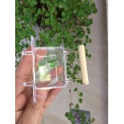 Porta vitaminas Luxo em Acrilico com puleiro estriado