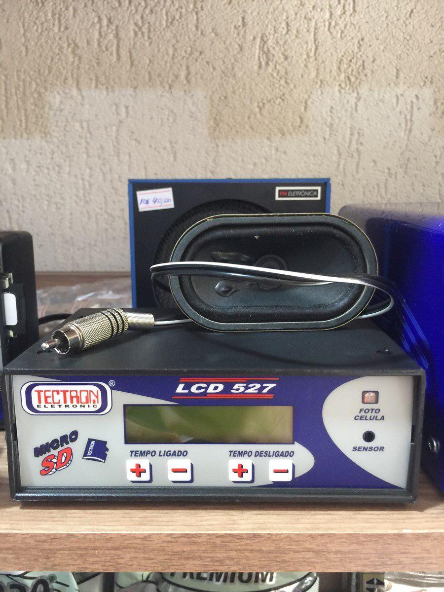 Aparelho Para Canto Tectron LCD 527 com cartão SD
