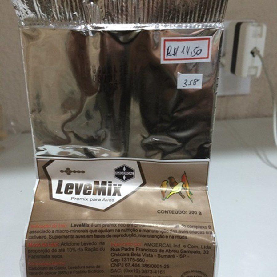 Levemix 200 gramas - ótimo para exposições pois fornece um brilho único nas penas