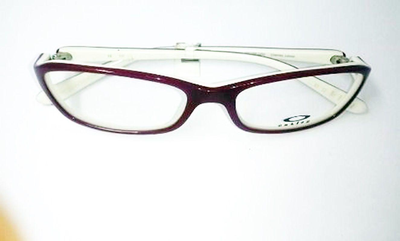 8f16d8ad81746 Armação Óculos De Grau Oakley Ox1086-0252 (promoção) - Omega Ótica e ...