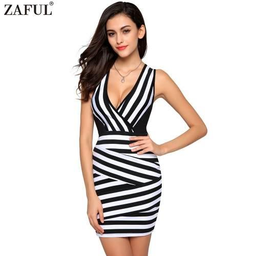 Vestido Listrado Preto E Branco Com Decote V