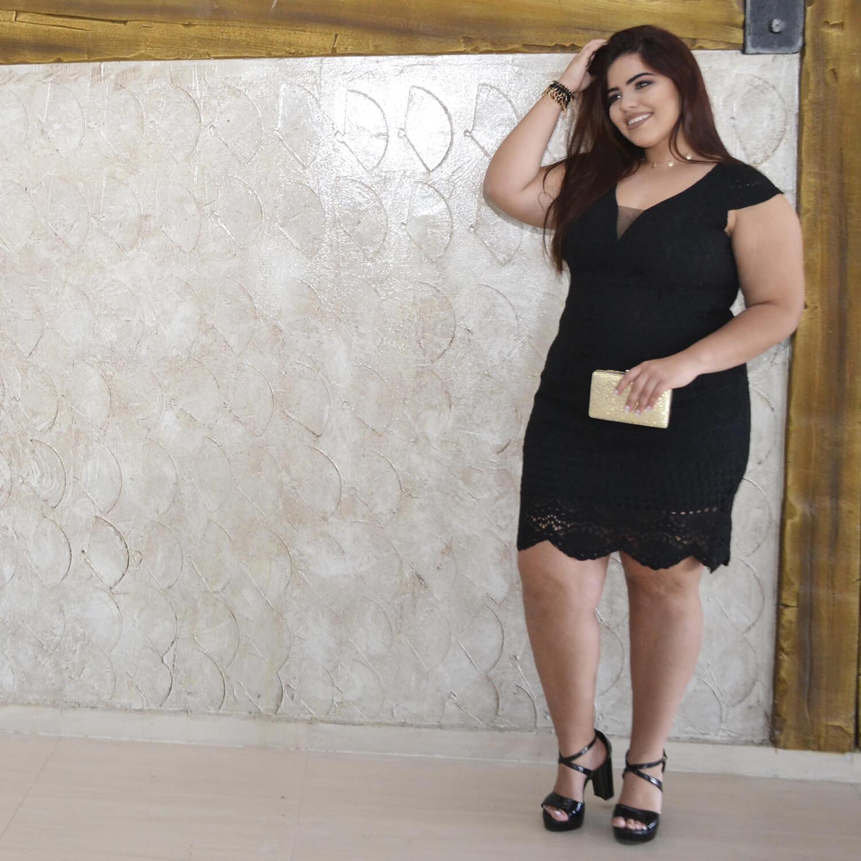 Vestido Feminino de Renda Plus Size - Annual Plus