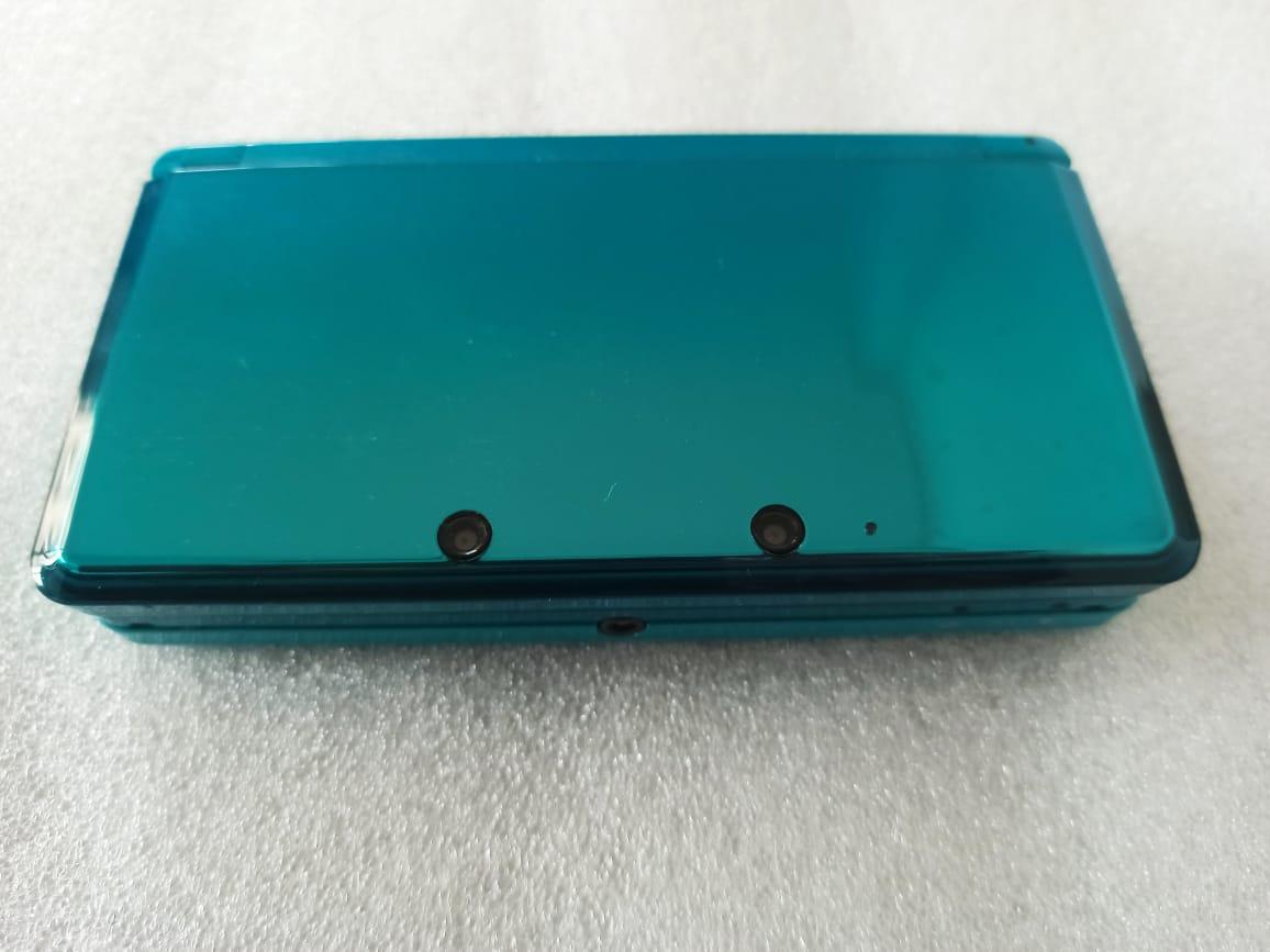 Console Nintendo 3DS + Carregador e Case - USADO