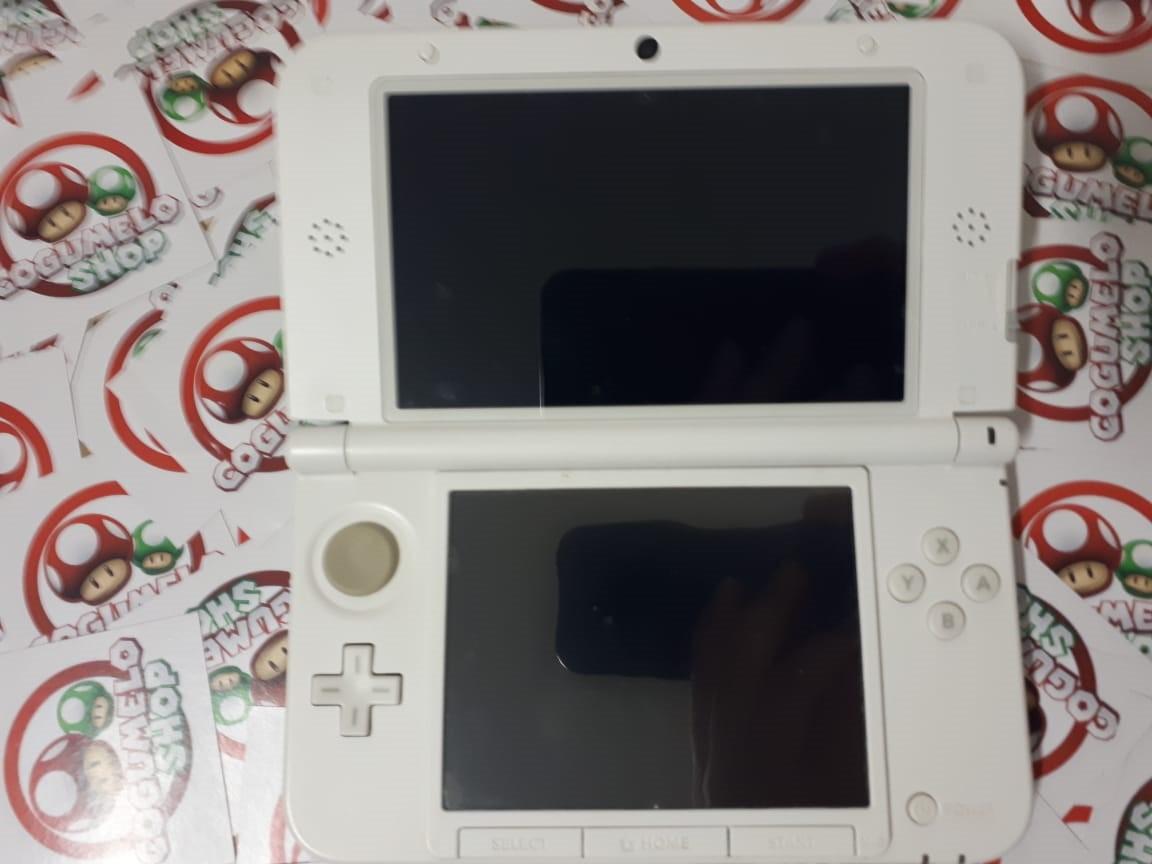 Console Nintendo 3DS XL Yoshi Special Edition - USADO