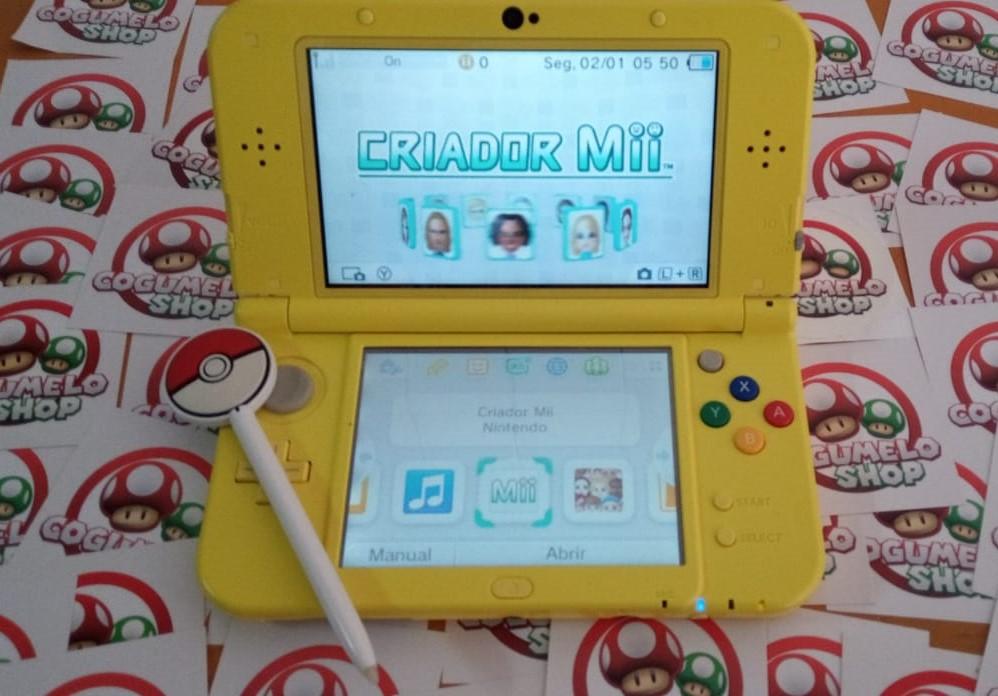 Console Nintendo New 3DS XL Pikachu Yellow Edition - Nintendo 3DS - Usado