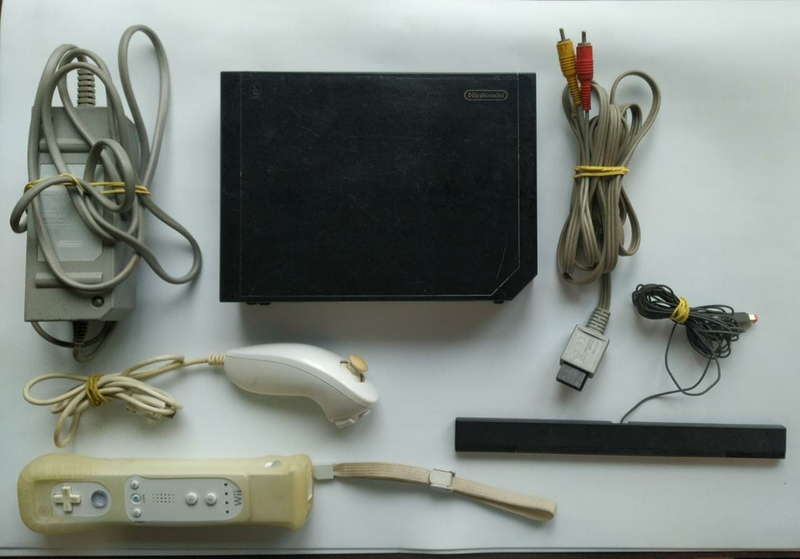 Console Nintendo Wii Preto - Completo - Usado