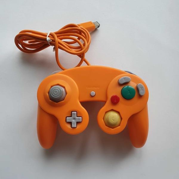 Controle GameCube (Laranja - Paralelo) - Nintendo GameCube - Usado