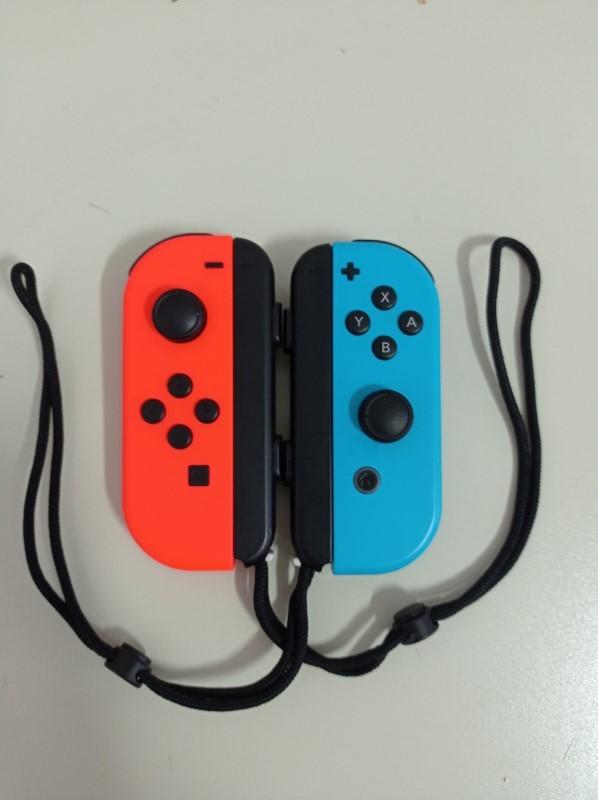 Controle Nintendo Joy-con Neon Azul / Vermelho - USADO - Nintendo Switch