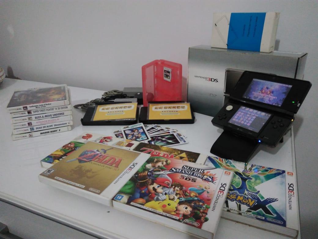 Kit Nintendo 3DS + 11 jogos de mídia física - Leia a descrição
