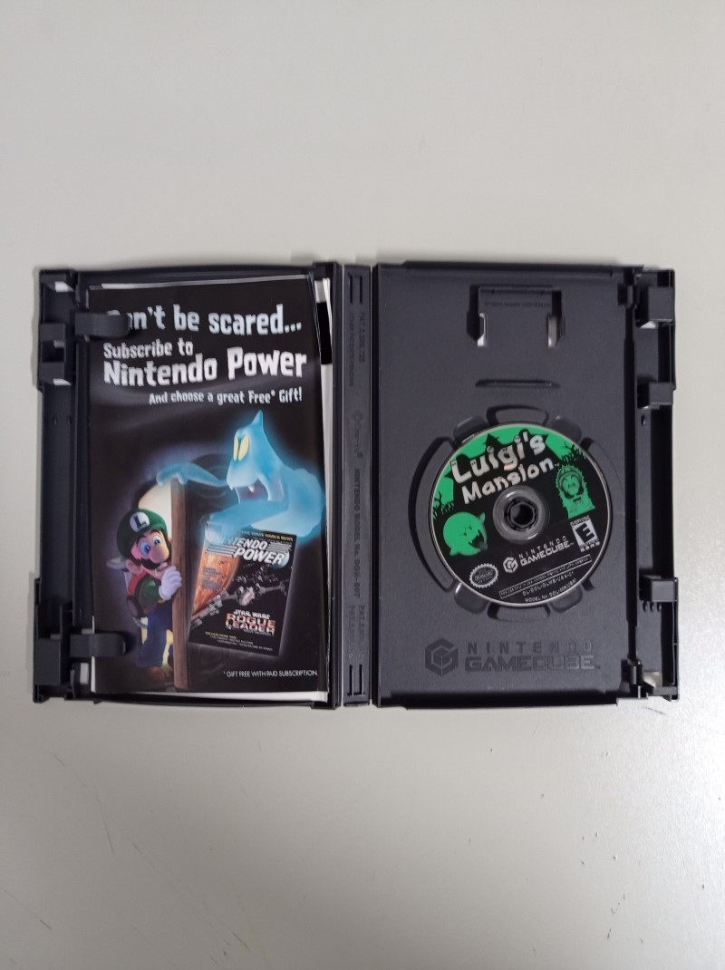 Luigi's Mansion - USADO - Nintendo GameCube