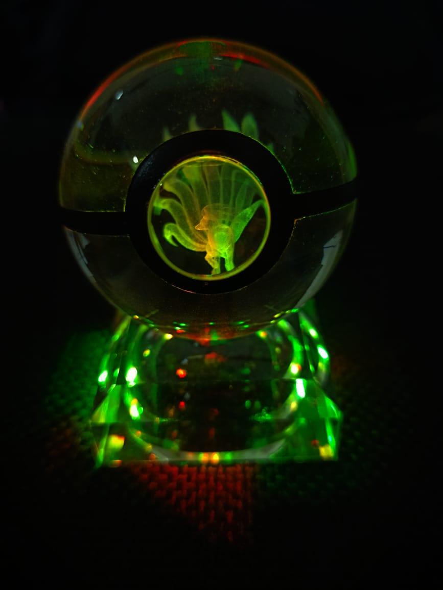 Luminária Pokebola - Ninetales