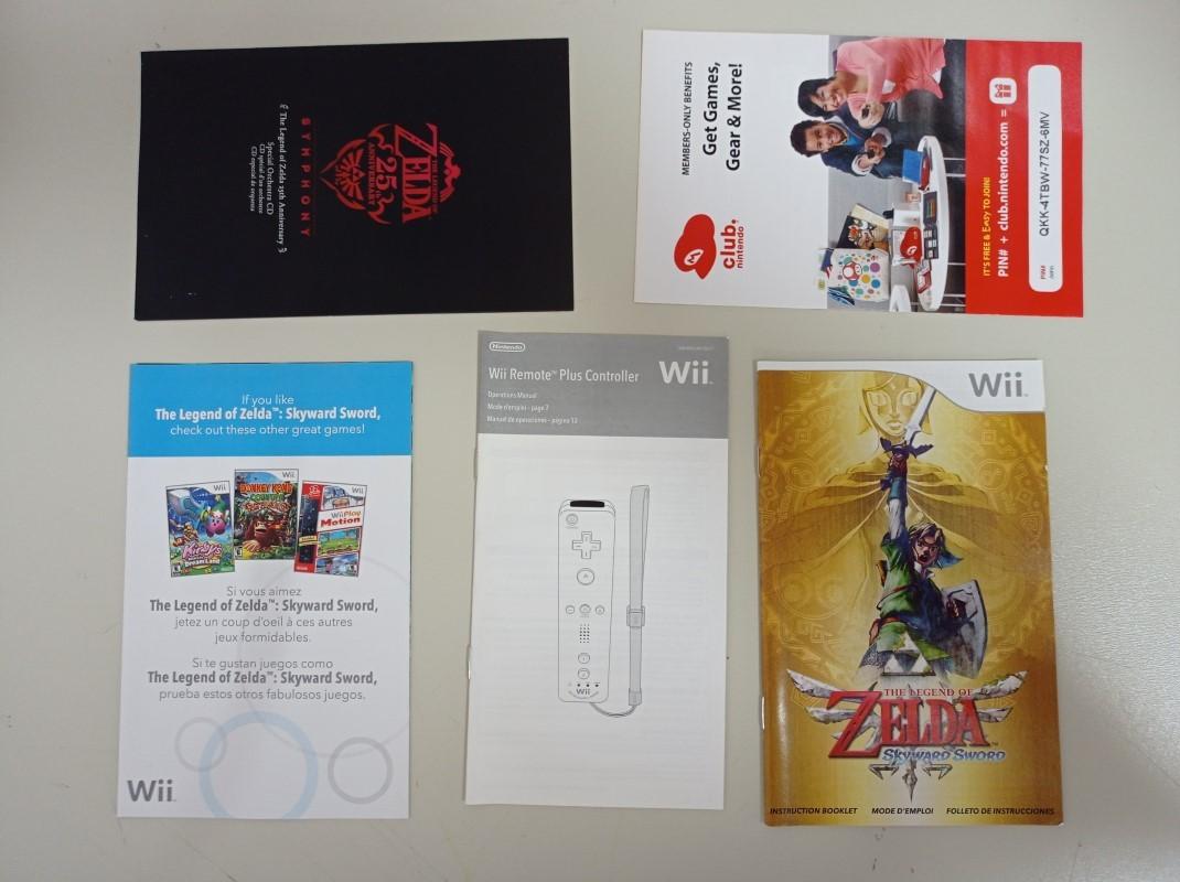 The Legend of Zelda: Skyward Sword Gold Remote Bundle - USADO - Nintendo Wii