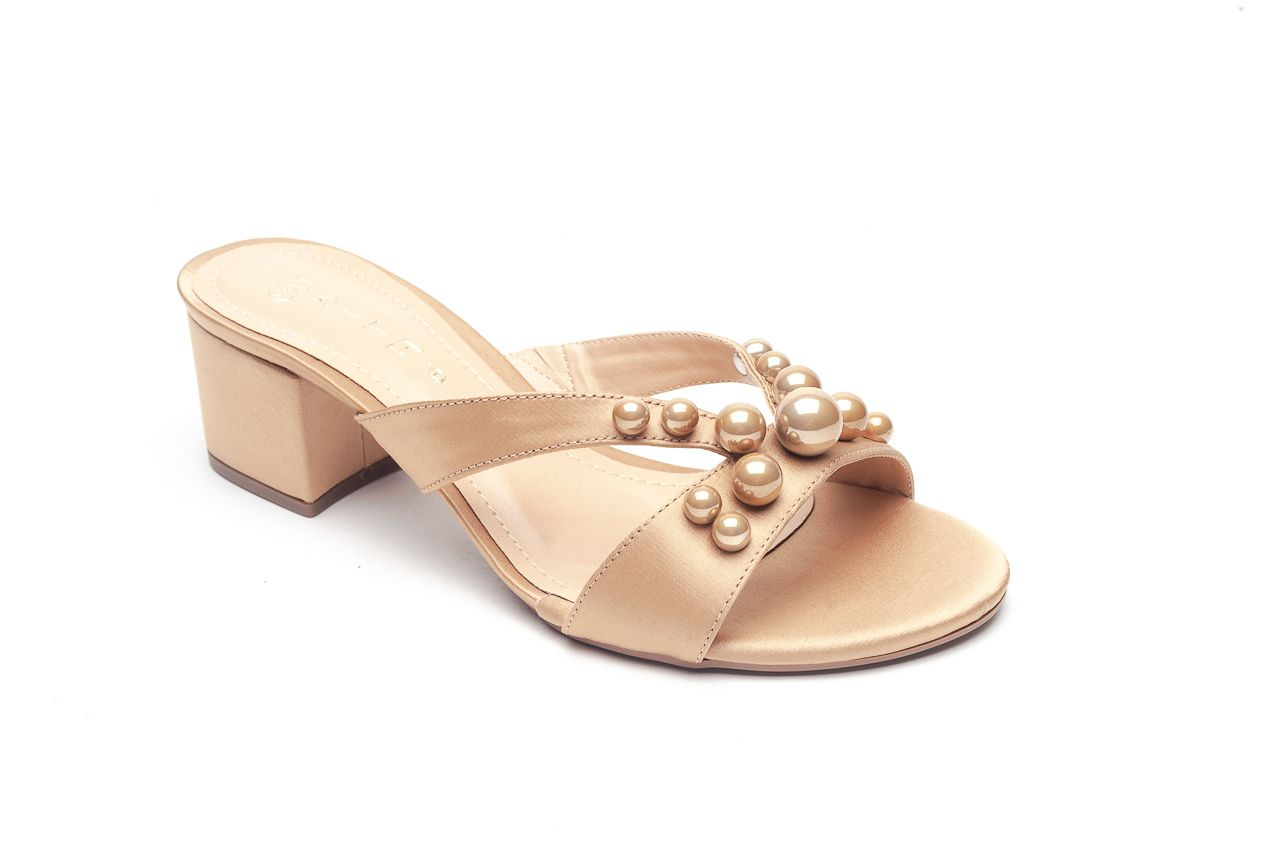 Sandália Salto Médio Caramelo