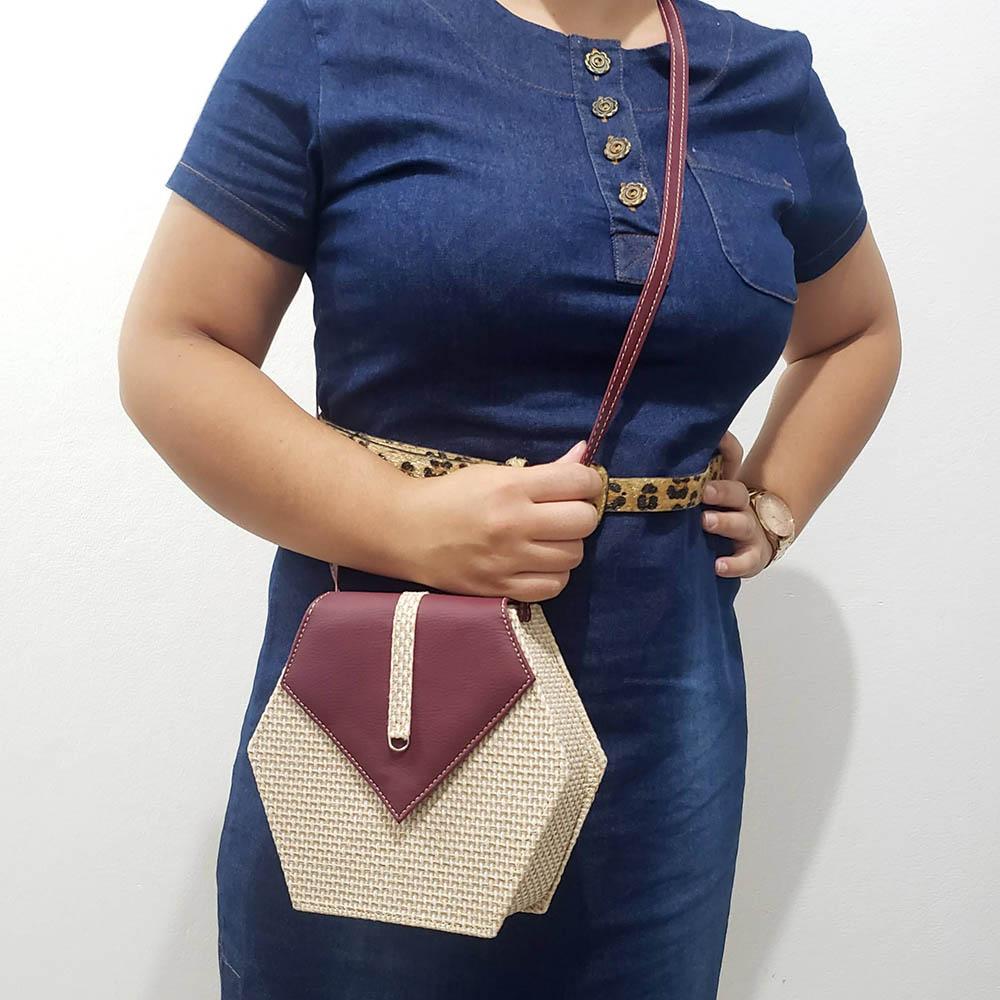 Mini Bolsa Feminina Fashion -Transversal-Marsala/Tecido Palaha
