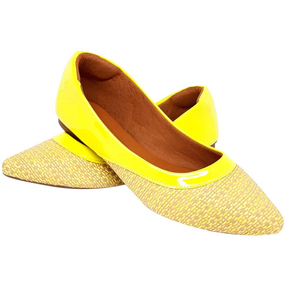 Sapatilha Confort Heloká Bico Fino Tramado Verniz Amarelo