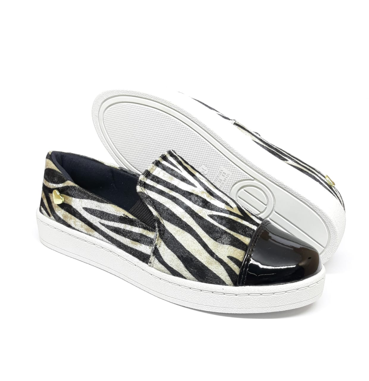 SLIPPER ZEBRA