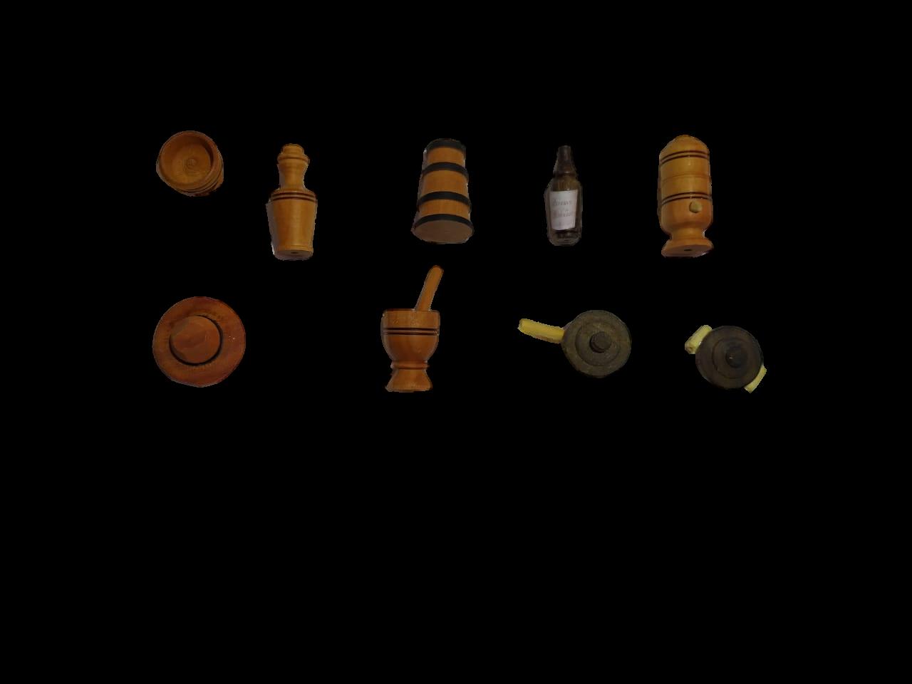 Kit c/  9 Miniaturas em Madeira