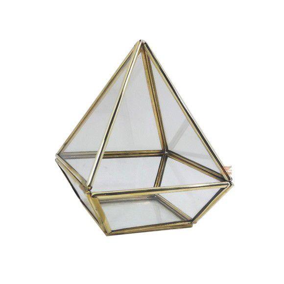 Terrário Pirâmide Base Quadrada M