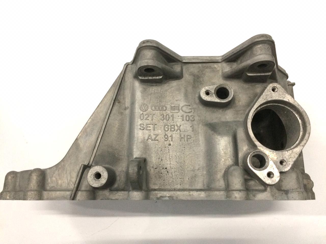Carcaça do Cambio Caixa de Mudança Vw Golf Polo Audi A2 02T301103F