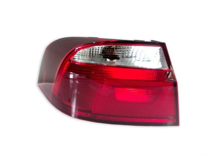 Lanterna Traseira VW Voyage L/e 5u5945095ac