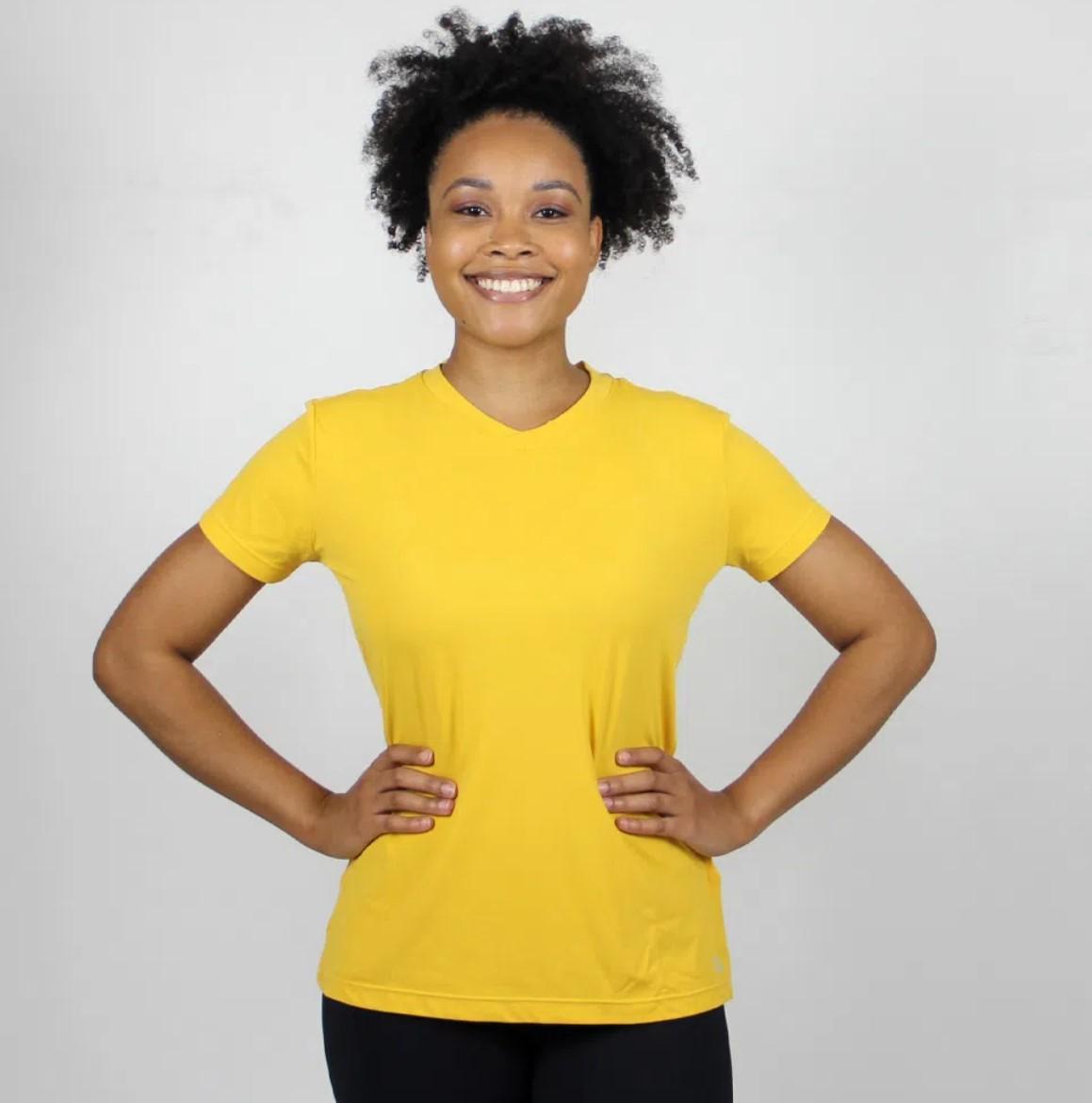 UV LINE Camiseta Sport Fit Manga Curta Feminino Amarelo Proteção Solar
