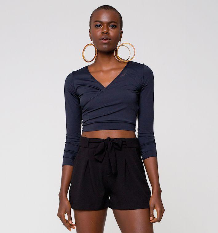 UV LINE Shorts Crepe Preto Feminino Proteção Solar
