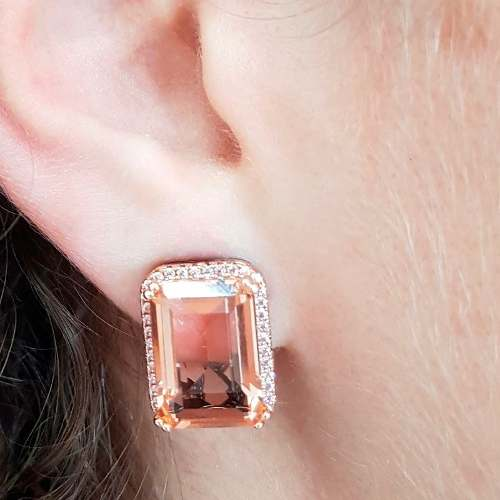 Brinco Ear Clip Retângular Cristal Morganita e Zircônia Rosa