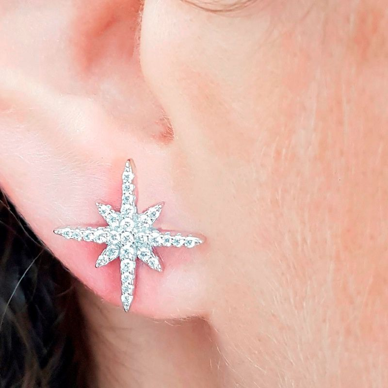 Brinco Estrela Prata e Zircônia Branca