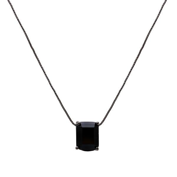 Colar com Pedra Retangular Zircônia Negra 8X10