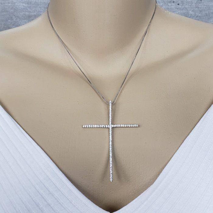 Colar Ródio Branco Crucifixo Palito