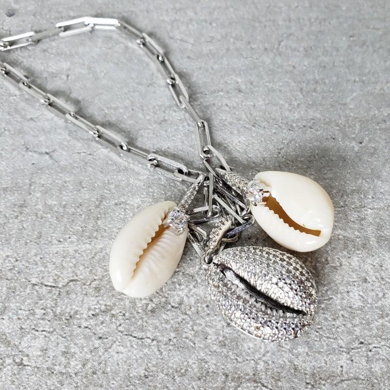 Colar Ródio Branco em Elos com pingentes Concha