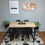 Mesa de Jantar Antiqua Squared Legs com 4 Cadeiras Eames Pretas