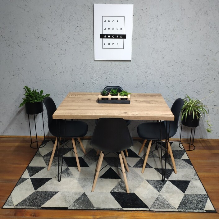 Mesa de Jantar Antiqua Hairpin Legs com 4 Cadeiras Eames Pretas  - Mtne Store