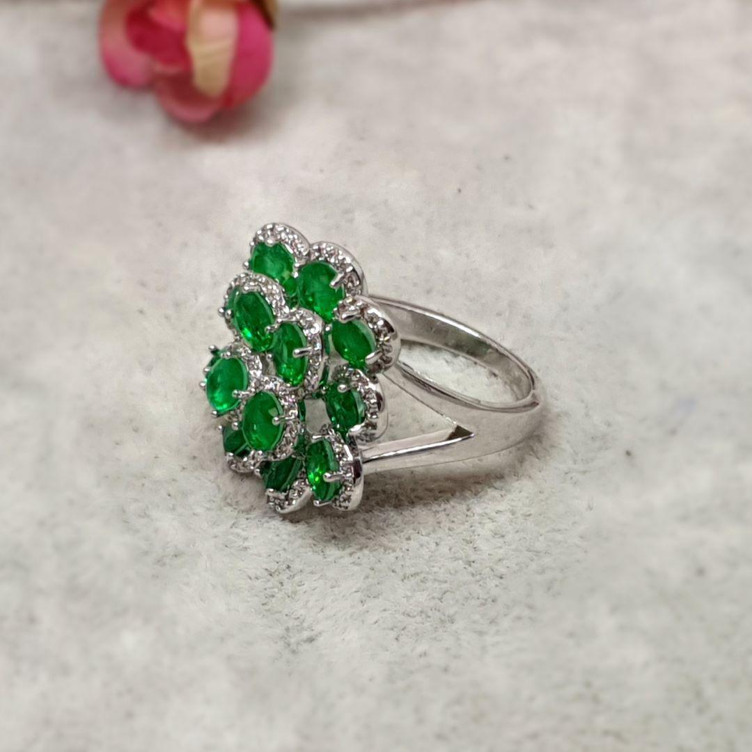 Anel semijoia flor esmeralda fusion