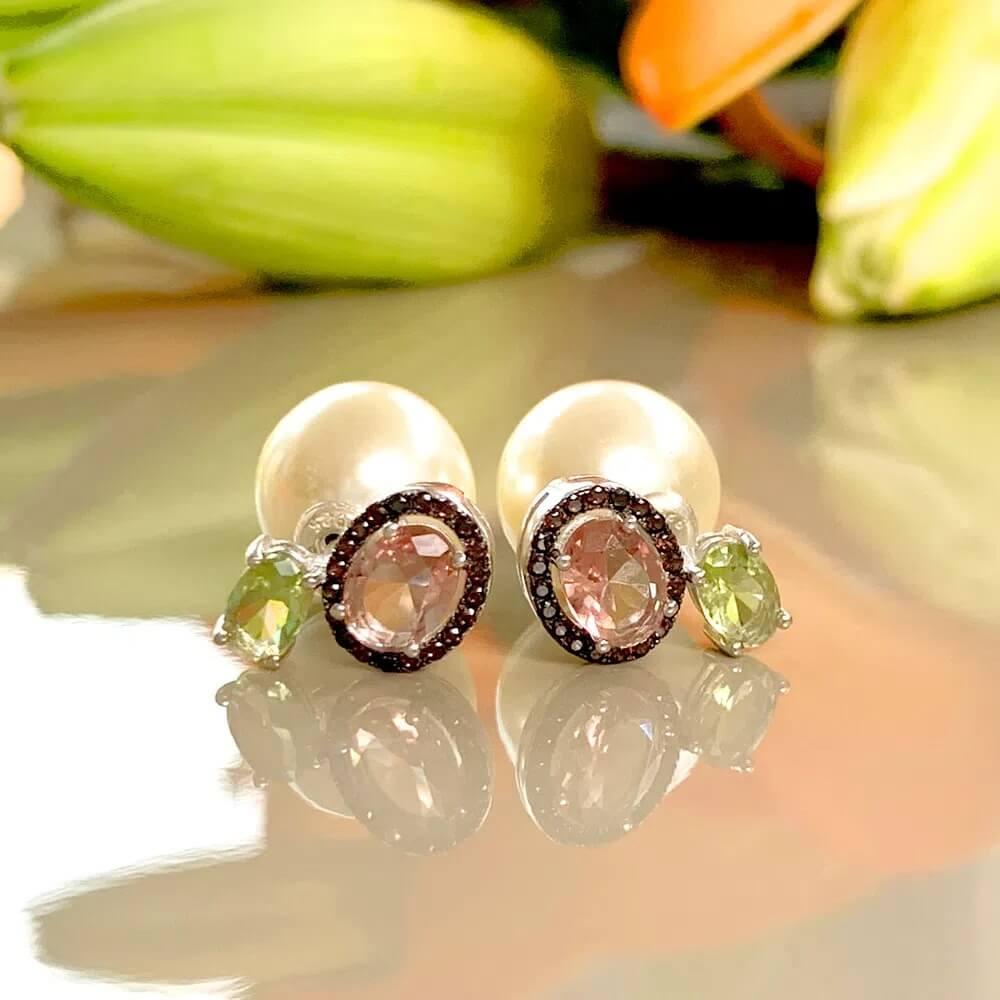 Brinco de Prata inspiração Dior com cristais color