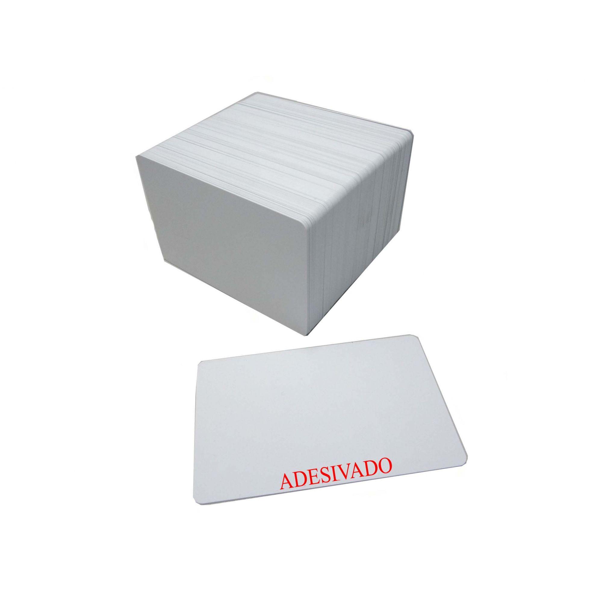 b) Cartão PVC Branco Adesivado Espessura 046 Tamanho 54 x 86 mm