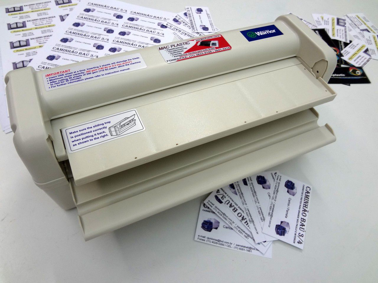 Guilhotina Elétrica para Cartões de Visitas Tamanho 50 x 90 mm