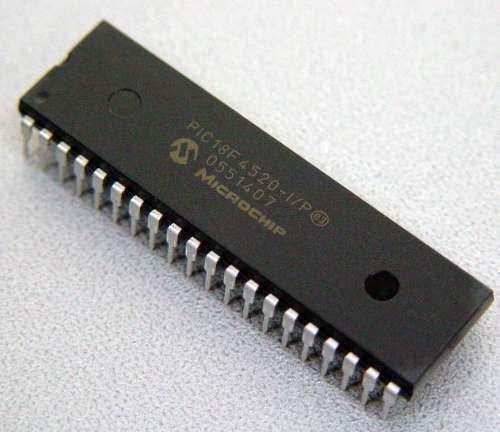 Microcontrolador PIC 18F4520 - Microchip