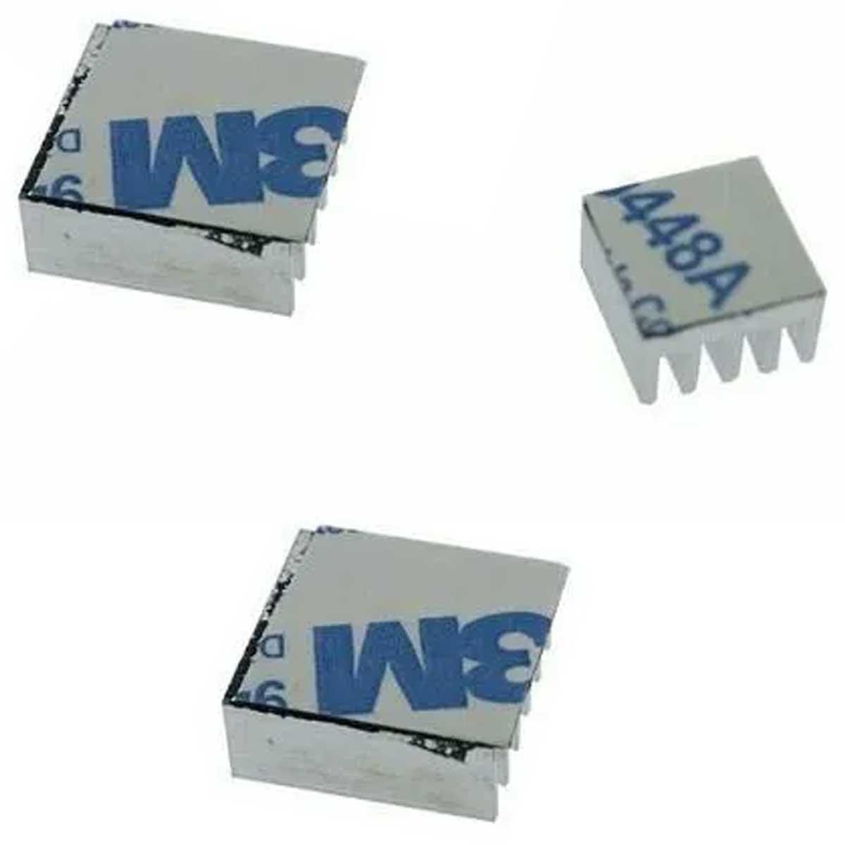 1x Mini Cooler 30 x 30 x 7mm 5v + 3 Dissipadores para Raspberry Pi 3