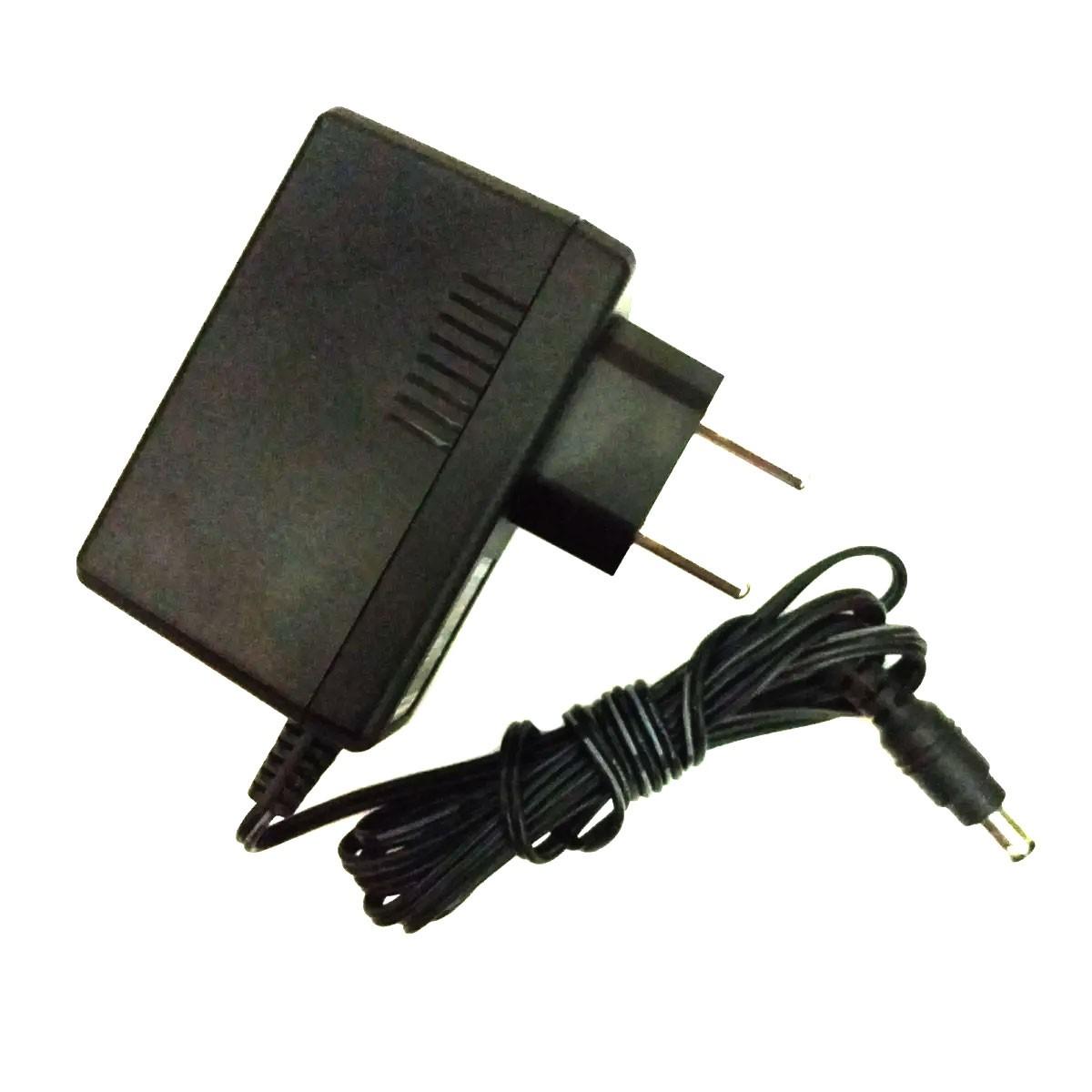 Fonte DC Chaveada 12v 2A Plug P4 Bivolt