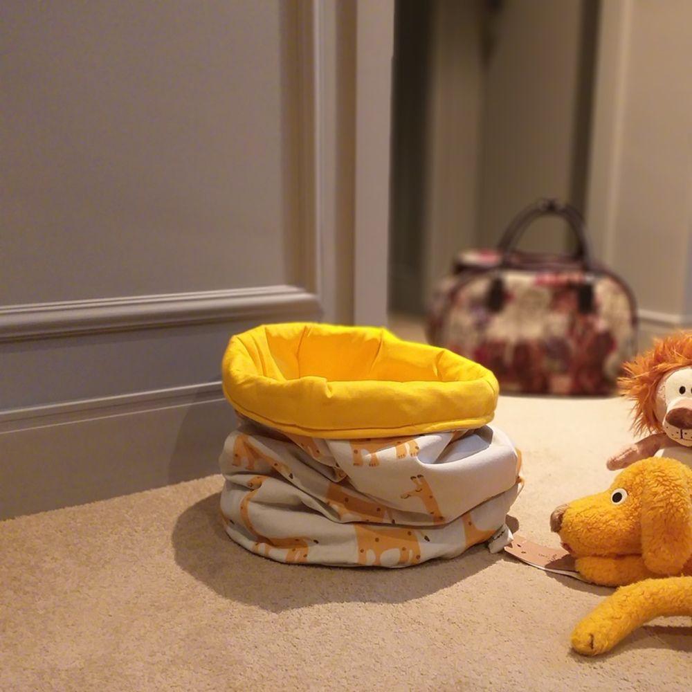 Cesto de Brinquedos Girafa Amarela Dupla Face